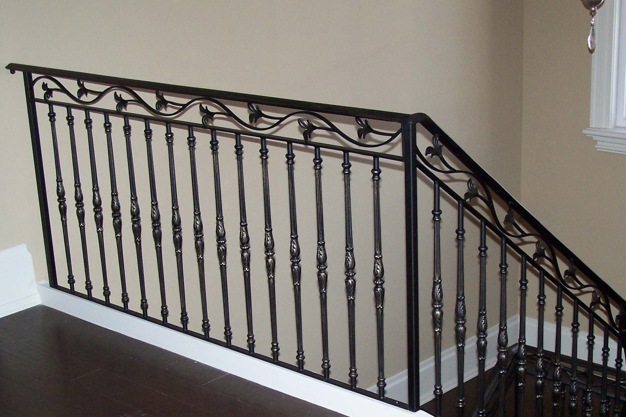 Indoor wrought iron railings indoor wrought iron for Interior iron railing designs